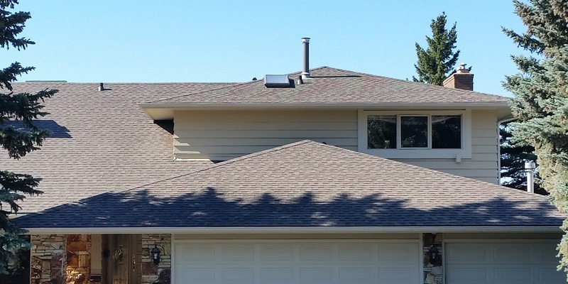 New installed Shingle Roof